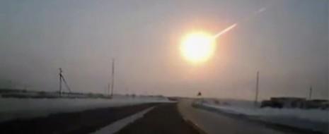 El día de hoy parecía ser una mañana normal en Rusia, cuando de repente en las regiones centrales del país, cayó un meteorito, un hecho que sólo en películas de...