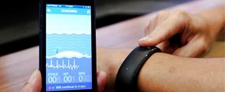 Desde que se dio a conocer que Apple había patentado la idea de un reloj pulsera inteligente, los rumores en internet no han parado, inclusive se han publicado imágenes y...