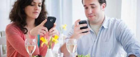 Realmente te has preguntado en alguna ocasión, todo lo que te pierdes por andar pegado al Smartphone, Tablet o su similar, dejar a un lado la interacción social por estar […]
