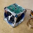 Investigadores del Instituto Tecnológico de Massachusetts (MIT) han creado unos robots bastante interesantes, estos robots son unos cubos que se autoensamblan por si solos, saltar o pasar unos sobre otros...