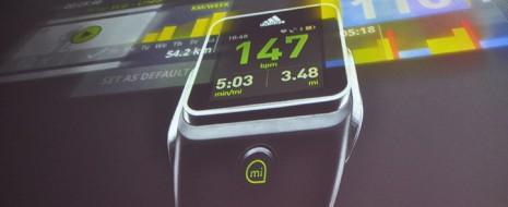 El relojmiCoach Smart Runde Adidas reúne en la muñeca un sistema monitoreo del entrenamiento y las pulsaciones, música y geoposicionamiento. La marcaAdidasse lanza a la conquista del mercado degadgetspara el […]