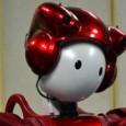 Científicos japoneses presentan un pequeño robot capaz de dialogar, hacer bromas y analizar las reacciones de las personas. Emiew es un pequeño robot rojo y blanco de 80 centímetros, con...